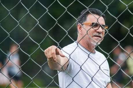 Ricardo Rocha deixou o São Paulo nesta segunda-feira (3)