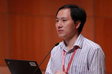 O cientista He Jiankui, responsável pelo experimento