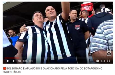 8de7f65664 Verificamos  Bolsonaro usou camisas de vários times