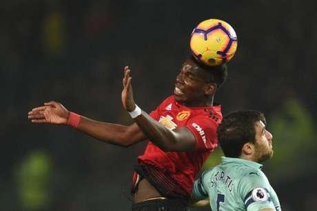 Red Devils e Gunners ficaram no empate em Old Trafford (Foto: AFP)