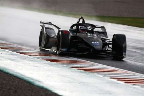 Pippa Mann testará com a Dragon Racing no teste após ePrix de Al-Diriyah