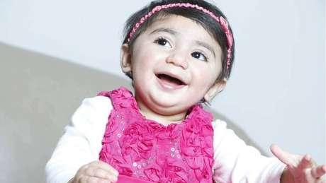 Zainab Mughal foi diagnosticada com neuroblastoma, um tipo de câncer que costuma acometer crianças