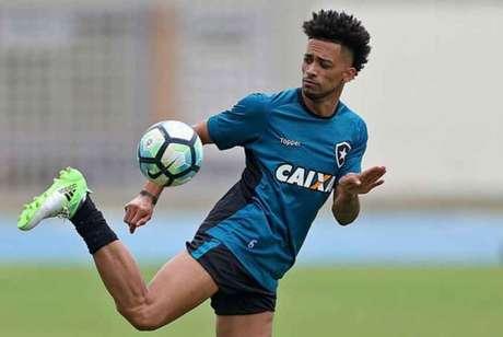 Luís Ricardo jogou 101 partidas pelo Botafogo (Foto: Vitor Silva/SSPress/Botafogo)