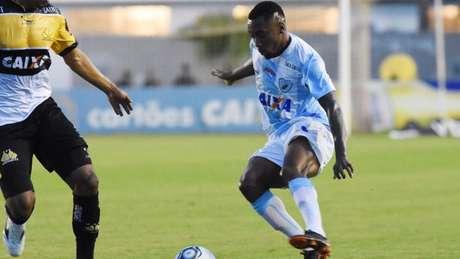 Sávio chegou ao clube em agosto e foi importante na arrancada que quase rendeu o acesso (Foto: Divulgação)