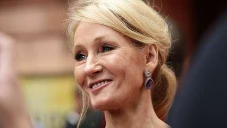 JK Rowling contratou Amanda Donaldson para que ela ajudasse a organizar seus negócios e assuntos pessoais