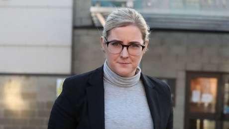 Amanda Donaldson, que trabalhou com a escritora de 2014 a 2017, nega todas as acusações