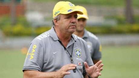 Vadão, técnico da seleção brasileira feminina de futebol