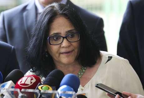 A futura ministra da Mulher, Família e Direitos Humanos, Damares Alves; instituição ligada à pastora já foi processada por discriminação contra índios.