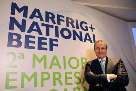 Presidente-executivo da Marfrig, Eduardo Miron, após coletiva em São Paulo 9/4/2018 REUTERS/Paulo Whitaker