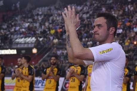 Falcão, jogador do Sorocaba, se despede do futsal em partida contra o Corinthians, válida pela final da Liga Paulista de Futsal 2018