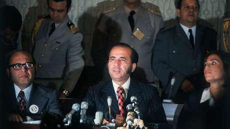 Já na década de 1970 proliferavam escândalos que vinculavam Carlos Andrés Pérez e figuras de seu entorno com suposto uso indevido de recursos públicos
