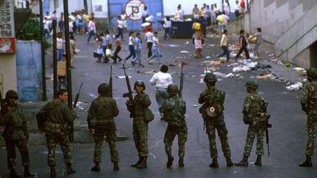Carlos Andrés Pérez colocou o Exército nas ruas para conter a revolta contra reformas