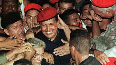 Chávez teve muito apoio nas eleições de 1998