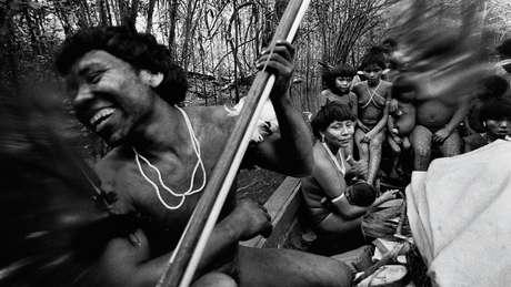 Em 1974, Claudia fez retratos dos ianomâmi em Catrimani, em Roraima