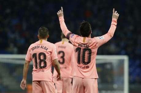 Messi fez dois gols e deu uma assistência contra o Espanyol (Foto: AFP)