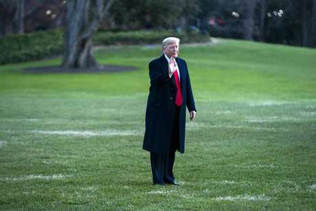 Presidente Donald Trump no jardim da Casa Branca