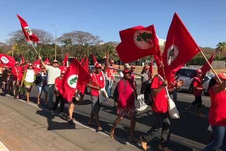 Protesto de integrantes do Movimento Sem Terra (MST) em favor do ex presidente Luiz Inácio Lula da Silva em Brasília (DF), no dia 14/08/2018
