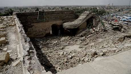 O santuário de Nabi Yunus, na cidade iraquiana de Mossul, foi reduzido a escombros pelo Estado Islâmico