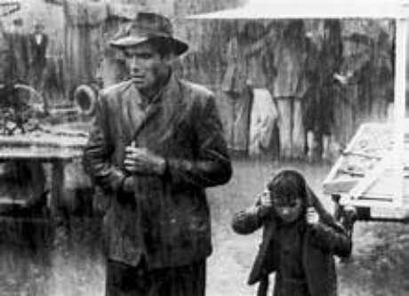 A Itália do pós-guerra, pobre e faminta