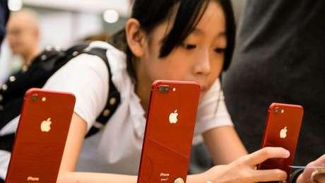 A prisão da diretora financeira da Huawei a pedido dos Estados Unidos já está gerando repercussões para empresas americanas. E a Apple pode ser uma das principais prejudicadas