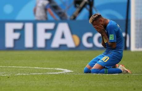 Brasil x Costa Rica - Estádio São Petersburgo, São Petersburgo, Rússia - 22 de junho de 2018 - Neymar chora após vitória do Brasil sobre a Costa Rica