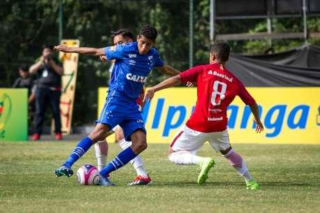 A Raposa sub-20 sucumbiu diante do Internacional e deu adeus à Copa RS de Futebol-Divulgação