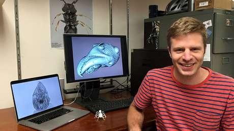 Fredrick Larabee, pesquisador de pós-doutorado no Museu Nacional Smithsoniano de História Natural, é um dos autores do estudo sobre a espécie