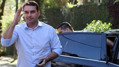 Relatório apontou movimentação bancária atípica de assessor que atuava como motorista de Flávio Bolsonaro (foto)