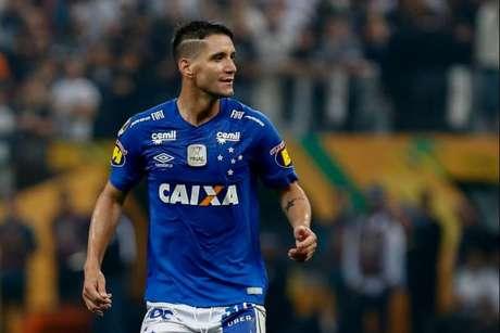 Neves foi cobiçado pelo Timão, em seguida veio o Grêmio para tentar tirar o jogador a Toca da Raposa - Marcello Zambrana/AGIF