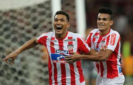 Gutierrez comemora gol do Junior Barranquilla