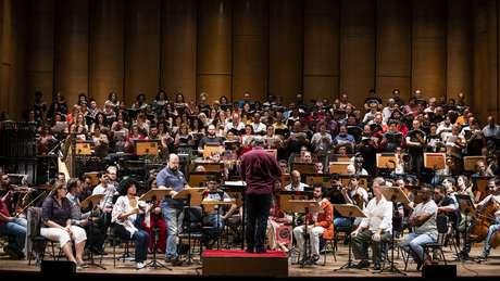 Ensaio de 'El Niño', obra que será apresentada em formato de concerto, no Teatro Municipal de São Paulo