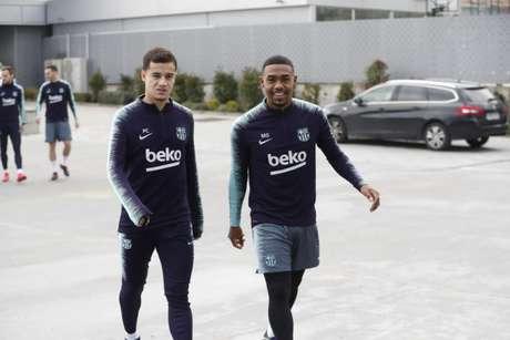 Coutinho e Malcom participaram das atividades no Barcelona (Foto: Reprodução / Twitter)