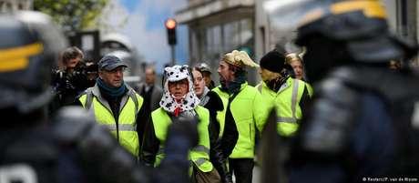 Atividades suspeitas nas redes sociais se escondem por trás de protesto cidadão