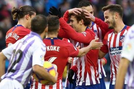 Com dois de Griezmann, Atlético de Madrid venceu o Valladolid por 3 a 2 neste sábado (Foto: AFP)