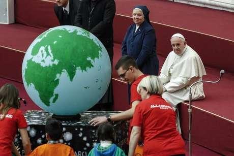 Papa apoia Pacto Global sobre migração e pede compaixão