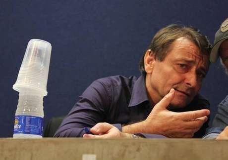 Embaixador da Itália confia que PF prenderá Battisti