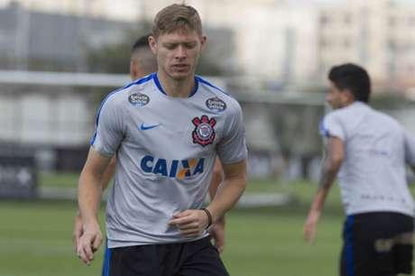 Marlone só atuou pelo Corinthians em 2016 (Foto: Daniel Augusto Jr/Corinthians)
