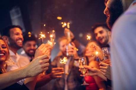 10 simpatias para atrair mais sorte e amor no Ano Novo