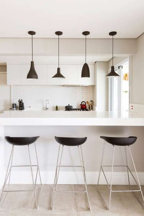 36. Pode acreditar: saber como organizar a cozinha pode facilitar bastante o seu dia a dia. Projeto de GF Projetos
