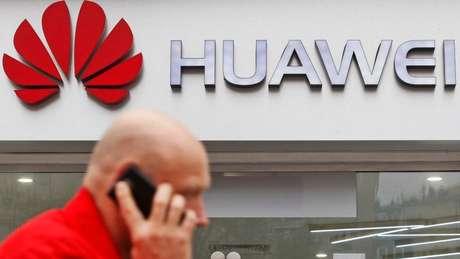 Huawei é líder na venda de aparelhos de telecomunicações