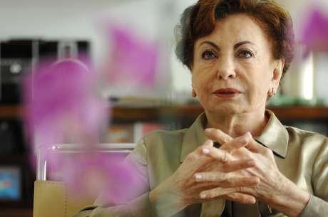 A atriz Beatriz Segall durante entrevista na capital paulista.