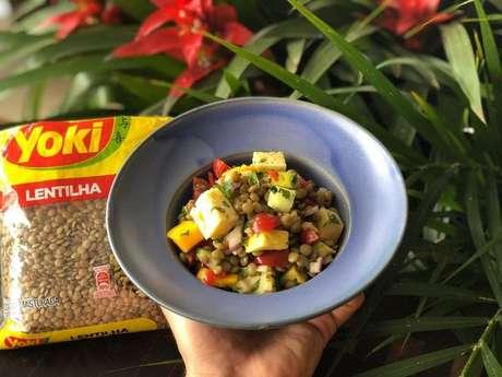 Salada de lentilha tropical