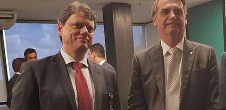 Tarcísio Gomes de Freitas e opresidente eleito Jair Bolsonaro.