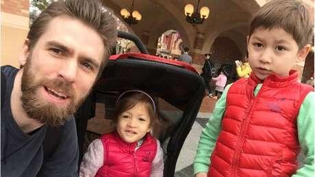 Michael Simpson foi morto pela mulher, Weiwei Fu, com quem tinha dois filhos
