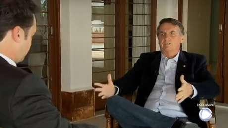 Bolsonaro em entrevista à TV Record, nesta segunda-feira, 31.