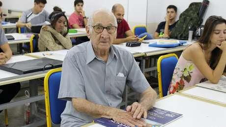 Carlos Augusto Manço começou o curso de arquitetura e urbanismo aos 90 anos