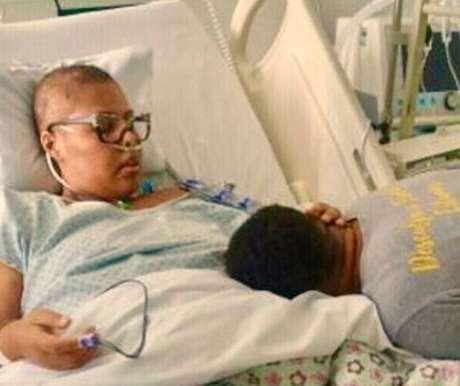 Deise, cantora do Fat Family, luta contra um câncer no fígado.