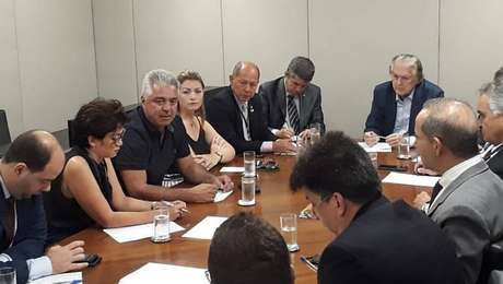 Eleitos do PSL se reúnem hoje no Congresso para discutir os rumos do partido na Casa