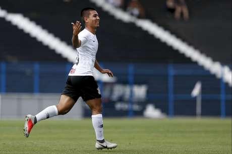 Fabrício Oya é destaque do Corinthians na Copinha (Foto: Marco Galvão/Fotoarena/Lancepress!)