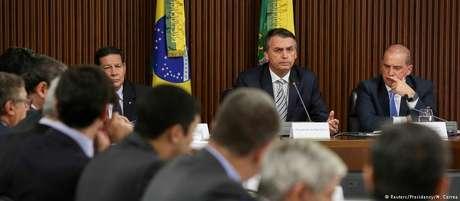 Bolsonaro comandou sua primeira reunião ministerial nesta quinta-feira